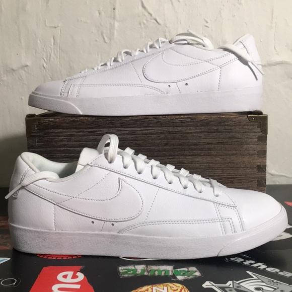 Nike Women's Blazer Low LE White Shoes Size 10